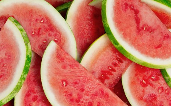 What Kind Of Foods Must We Eat In Summer?